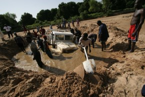chad-2005-rc-jeep-in-mud