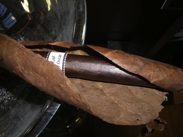 Leaf By Oscar Maduro  unwrapped