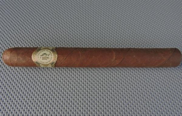 Don Reynaldo Royal Corona De Luxe by Warped Cigars