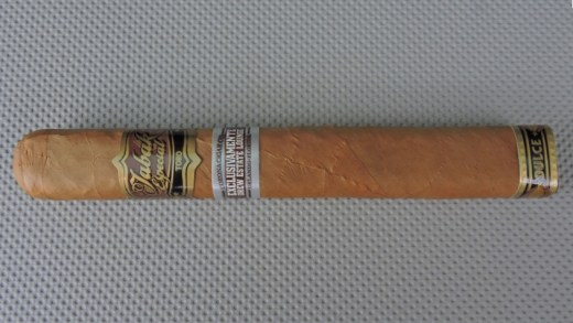 Drew_Estate_Tabak_Especial_Dulce_Box_Pressed_Toro_Corona_Cigar_Co_Exclusivamente