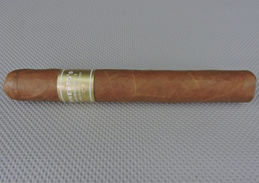 Ernesto's_Humidor_No._1_Edición_Connecticut_2015_by_E.P. Carrillo