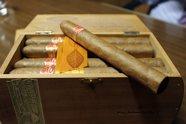 Partagas Fox Seleccion No. 1