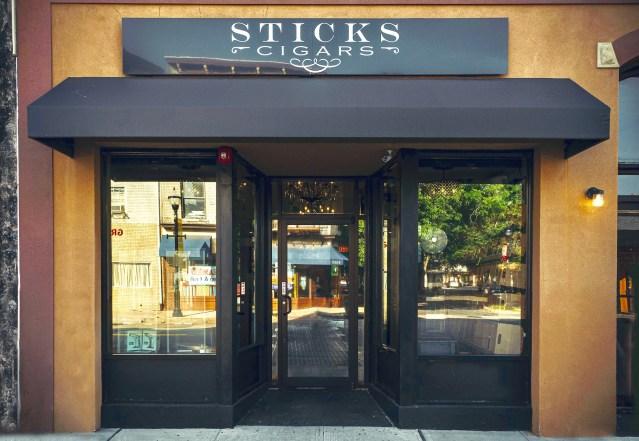 Cigar Lounge: Sticks Cigars – Rahway, NJ – Stogie Press