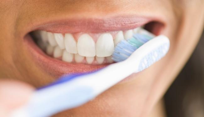 Исследование способности пасты с NovaMin предотвращать появление белых пятен на эмали зубов и гингивита