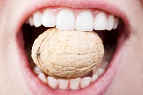 Какой тип отбеливания зубов чаще всего предлагают в российских стоматологических клиниках? Результаты мониторингового исследования