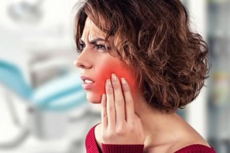 Преднизолон перед лечением необратимого пульпита как средство снижения постоперационной боли: эксперимент