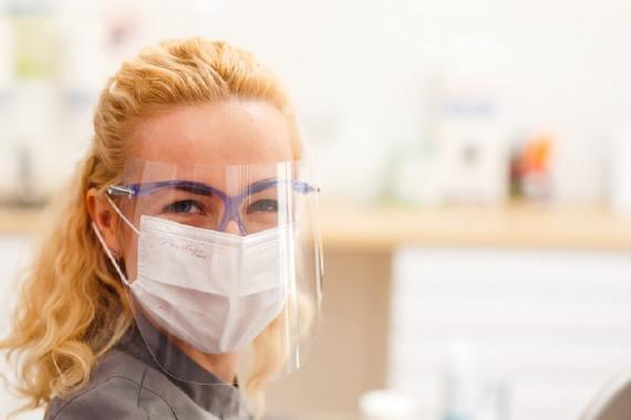 Usuwanie ósemek, czyli zębów mądrości – informacje o zabiegu