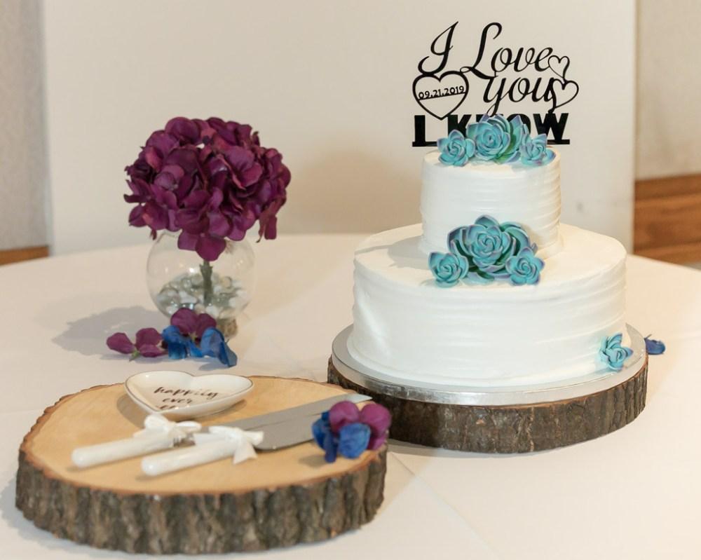 Bridal Cake And Knife
