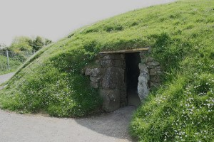 four knocks entrance