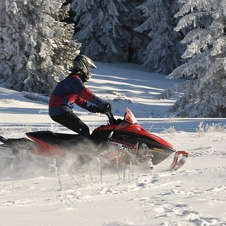 snow-3057075_640