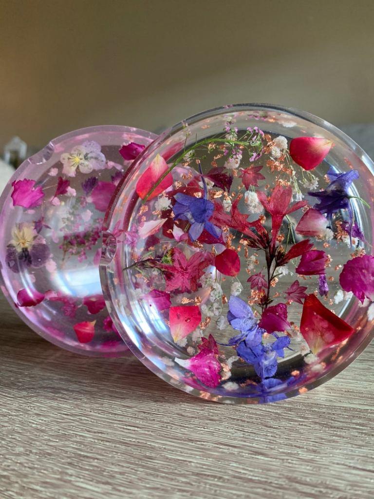 flower ashtray