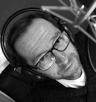 Mam Głos, Maciej Jabłoński, prezenter TVP Sport, lektor, wykładowca Akademii Telewizyjnej TVP, trener emisji głosu i wystąpień publicznych