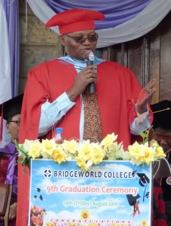 Rev. Dr. wa Kitavi gave the graduation address.