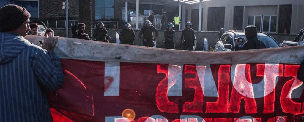 Protestas y Manifestaciones Contra la Conferencia Internacional de Biotecnología en Chile (periodicos y video)
