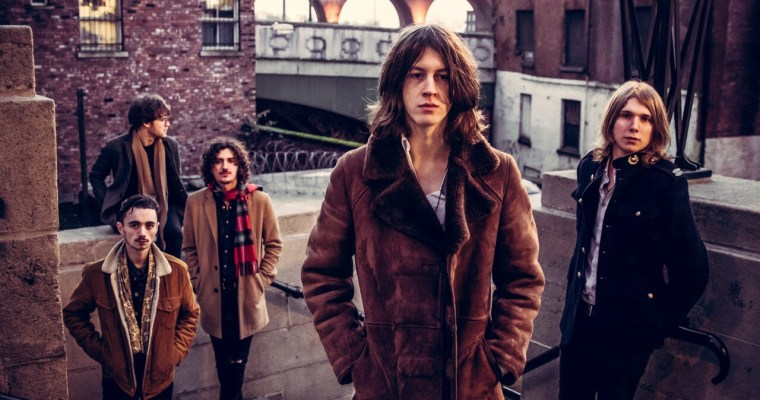 Are Blossoms Making A Netflix Comedy Series Set In Stockport ?