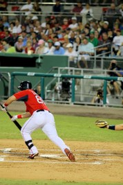 Linares squares to bunt