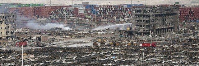 Destructions massives sur une large zone.
