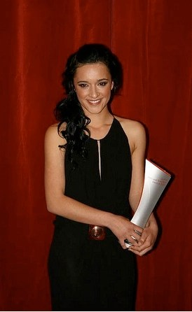 Keisha Castle-Hughes: Best Supporting Actress in General TV and best plug for worthy cause.Pic by Throng.