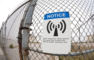 radio-frequency-high-level-warning-sign