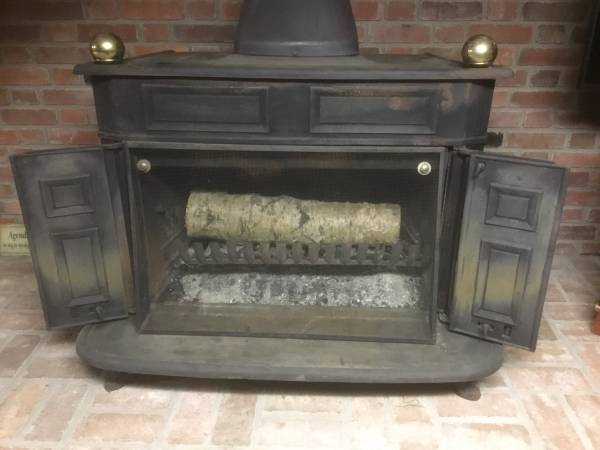 Franklin Wood Stove 200 Oil City