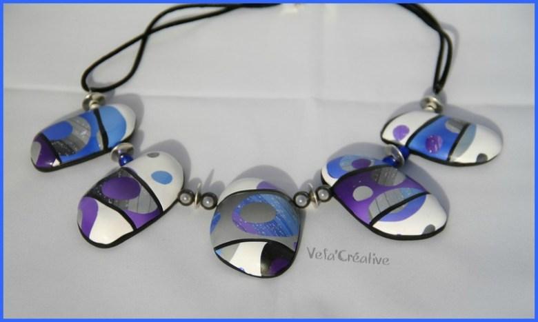 collier_creux_bubulles_bleu_violet