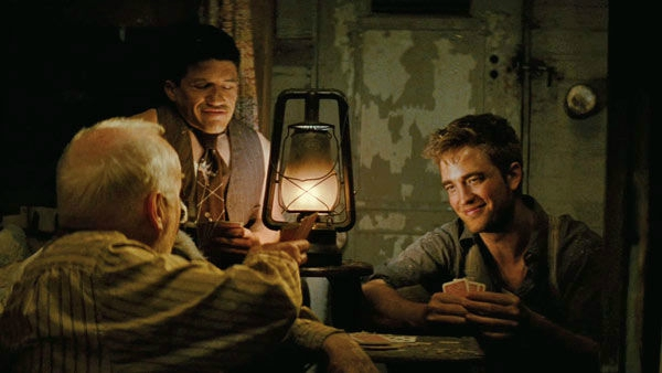 11_film_water_for_elephants_pattinson_cards
