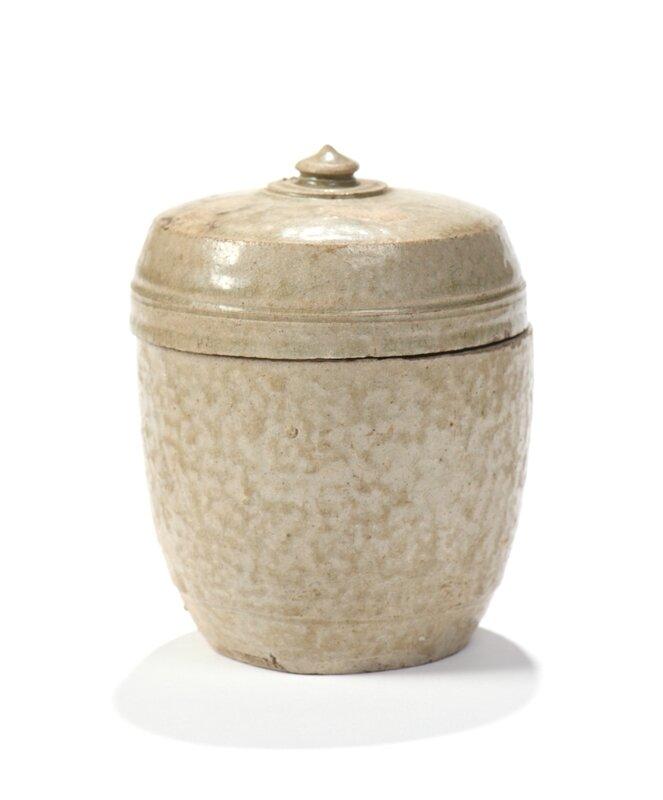 Petit pot couvert en grès émaillé céladon, Vietnam, Thanh Hoa, XIIe - XIIIe siècle