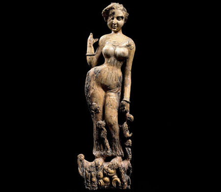 Statuette_woman_477