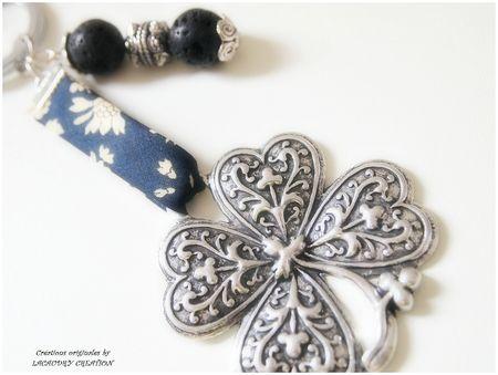 bijoux de sac trefle a parfumer