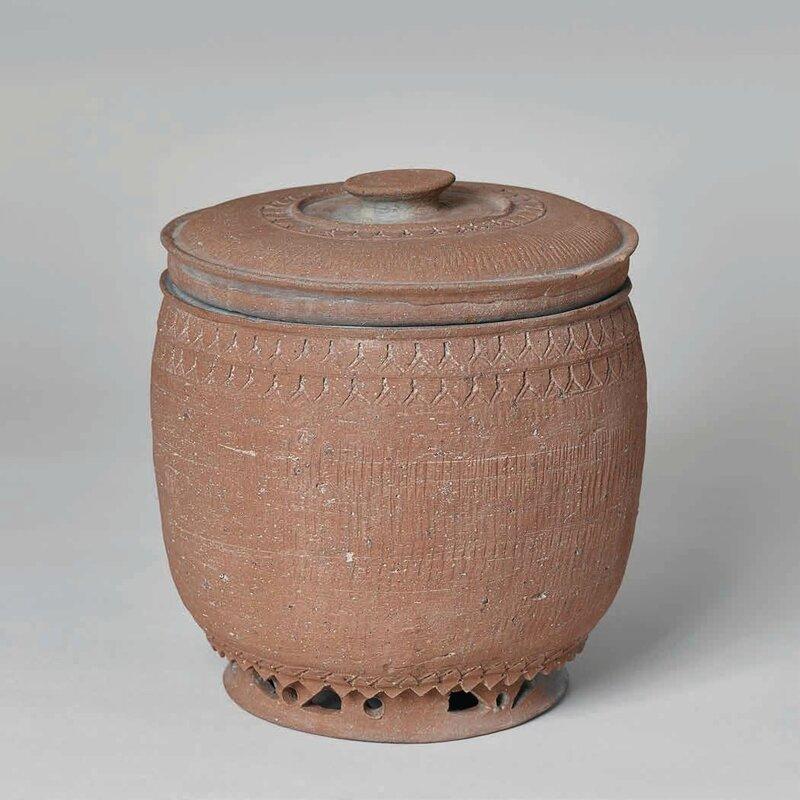 Unglazed Russet Colored Lidded Jar, Trần Dynasty 1225–1400 A
