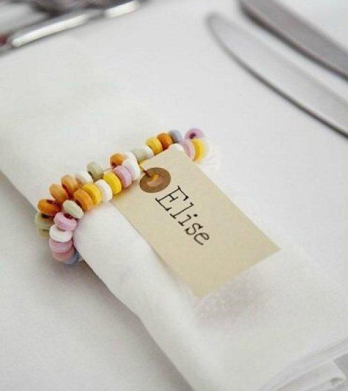 collier bonbon marque-place