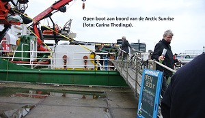 Open boot bij Arctic Sunrise