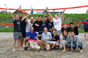 Beachvolleybal op Haventerrein.