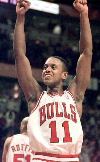A breakfast meeting in '95 between B.J. Armstrong and Michael Jordan played a role in Jordan's return to Bulls