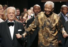 Mandela's Lawyer and Anti-Apartheid Activist George Bizos Dies at 92