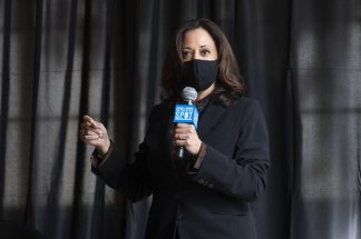 Kamala Harris appeals directly to Black men in one of several stops across Atlanta