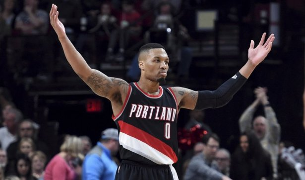 Damian Lillard scores Trail Blazers-record 59 points