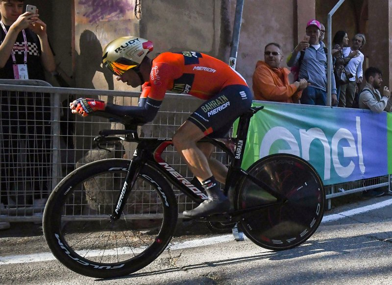 time trial to win opening giro stage