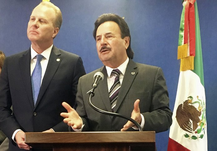 Kevin Faulconer, Juan Manuel Gastelum
