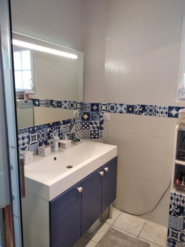 peindre sa salle de bain nos 5 etapes