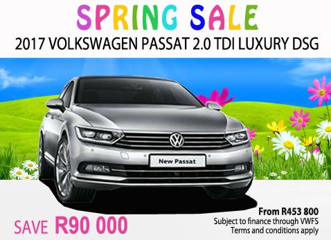 2017 Volkswagen Passat 2.0 TDi Luxury DSG special - Save R90 000