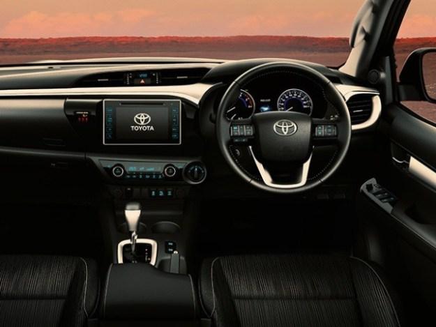 Toyota Hilux 2.4 GD 5MT A/C