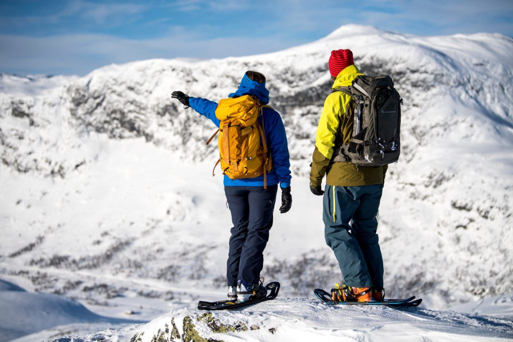 In the middle of snowhere – Snowshoeing at Filefjell – B├©rren├©se viewpoint
