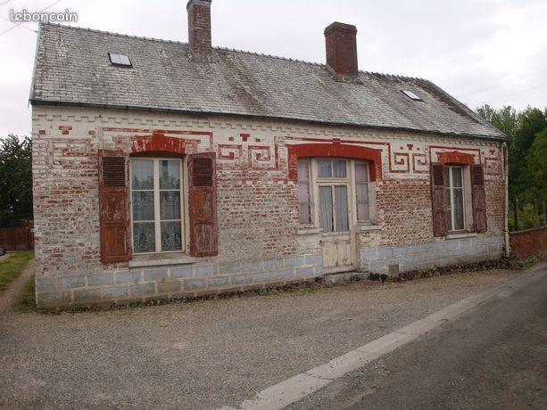 maison a vendre assis sur serre 02270
