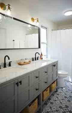 Double Vanity Pros Cons Two Bathroom Sinks Versus One Apartment Therapy