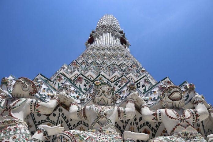 temples in bangkok wat arun