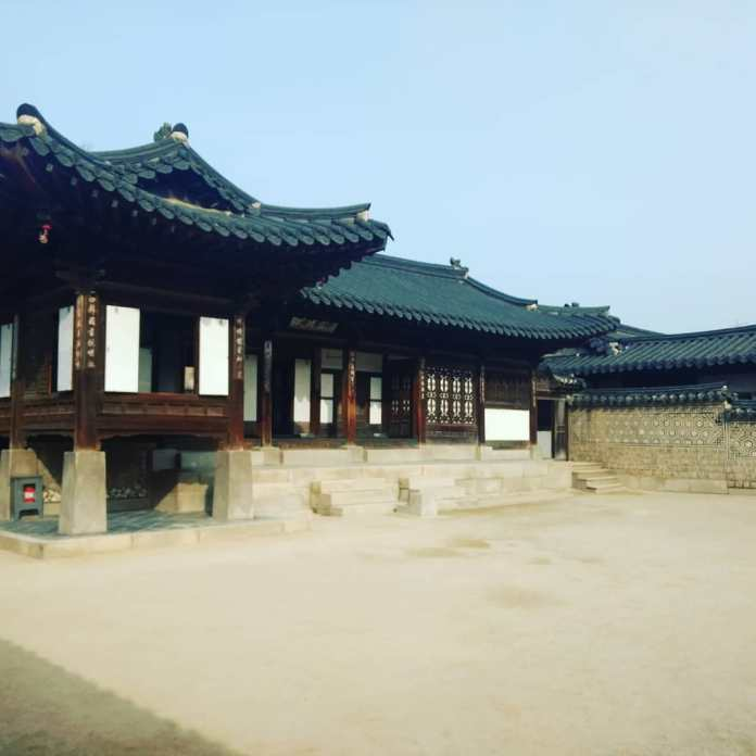 A guide for Changdeokgung palace