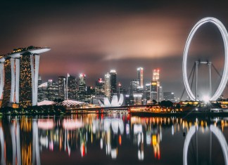 Sparkling Singapore at night - Singapore itinerary