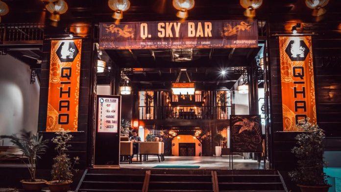 Q sky bar