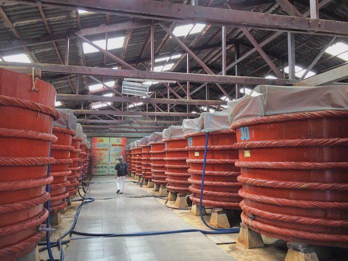 xưởng nước mắm phú quốc